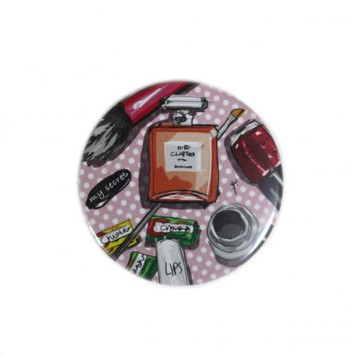 YM Sketch-MakeUp Button Pin