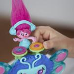 Trolls Poppy Wooferbug with DJ platform