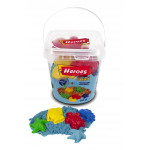Heroes Bucket Kinetic Sand + Mold Gift, Assortment Colors